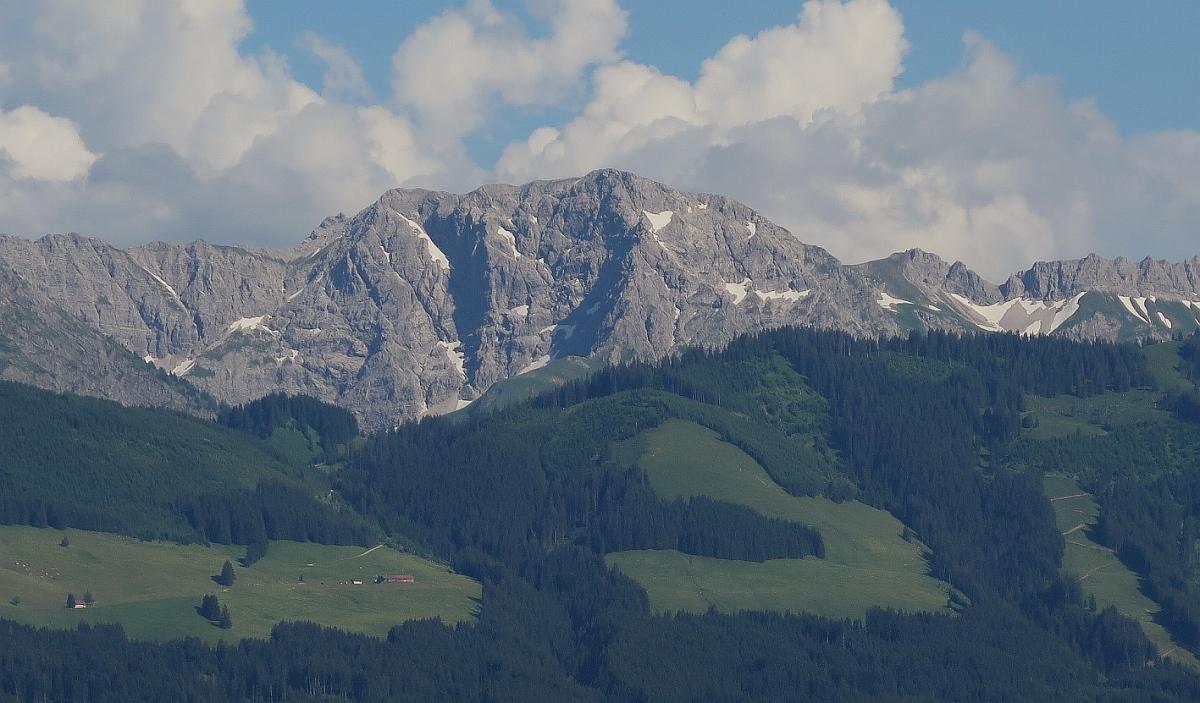Über die/den Nordwestgrat*In auf die Große Daumen - Neusprech für Alpinist*Innen.