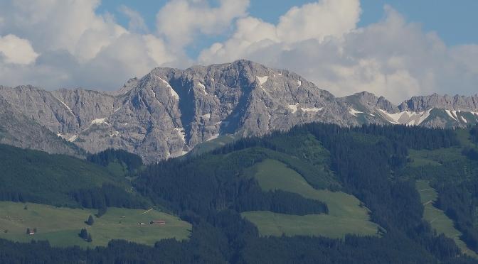 Über die/den Nordwestgrat*In auf die Große Daumen – Neusprech für Alpinist*Innen.